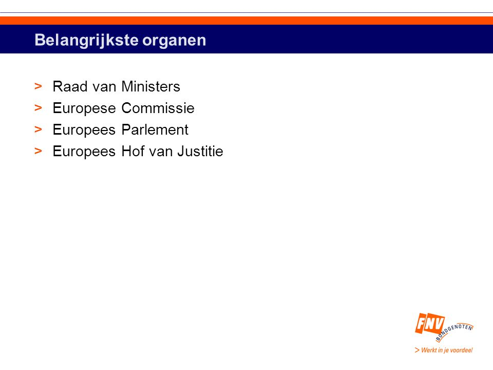 EC als wetgevingsmachine >EC ondersteund door DG's >Ministeries NL: groot: 120.000 ambtenaren – gesloten >DG's EU klein: 14.000 ambtenaren – toegankelijk