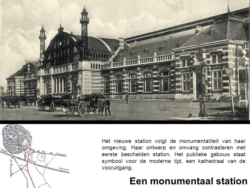Het nieuwe station volgt de monumentaliteit van haar omgeving. Haar ontwerp en omvang contrasteren met eerste bescheiden station. Het publieke gebouw