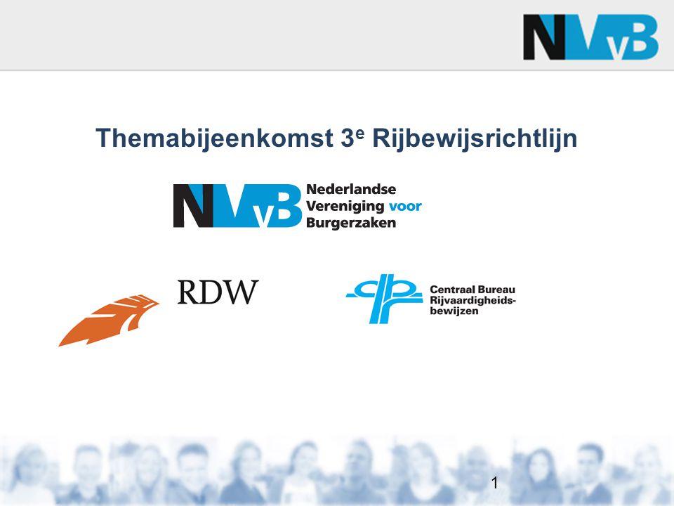 3e Rijbewijsrichtlijn – 19-01-2013 OVERGANSSITUATIE 3 Voor 19 januari 2013: Registratie Verklaring van Rijvaardigheid (VvR) Besluit tot afgifte Feitelijke uitreiking rijbewijs Op of na 19 januari 2013: Dan krijg je het nieuwe rijbewijsmodel uitgereikt met de nieuwe categorieën en de nieuwe rechten 52