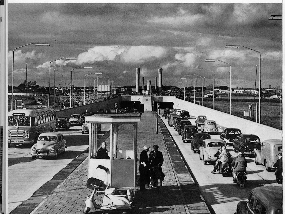 Ventilation towers Velsertunnel, Roosenburg / RWS, 1939-1941 / 1952-1957