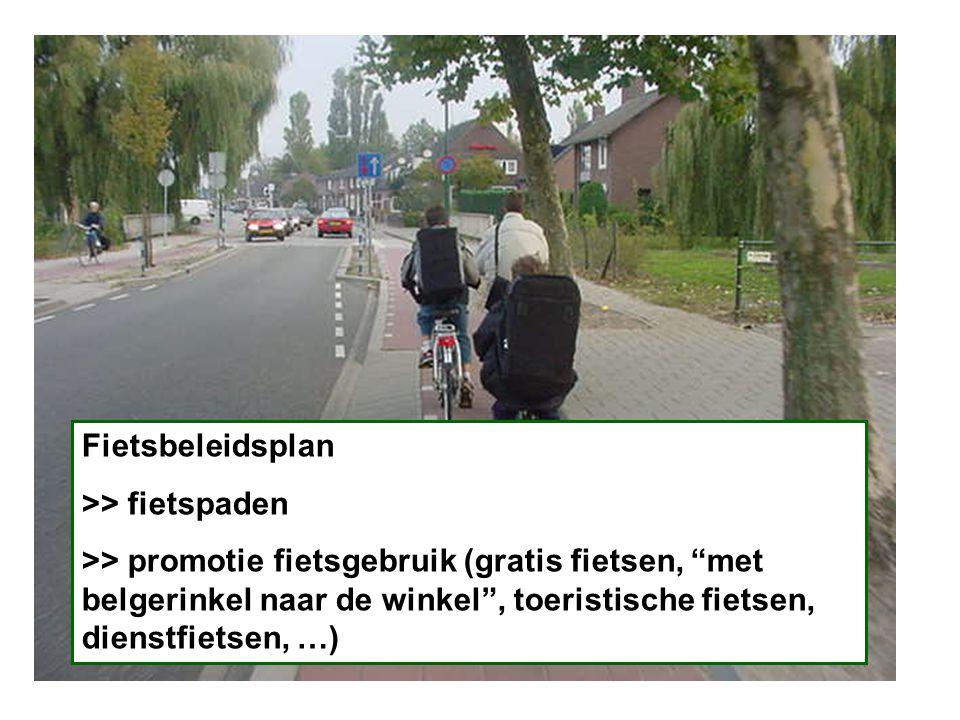 Foto fietspaden/ Fietsbeleidsplan >> fietspaden >> promotie fietsgebruik (gratis fietsen, met belgerinkel naar de winkel , toeristische fietsen, dienstfietsen, …)