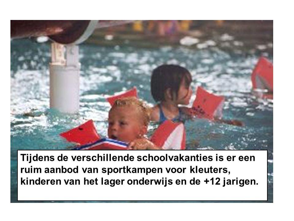 Tijdens de verschillende schoolvakanties is er een ruim aanbod van sportkampen voor kleuters, kinderen van het lager onderwijs en de +12 jarigen.