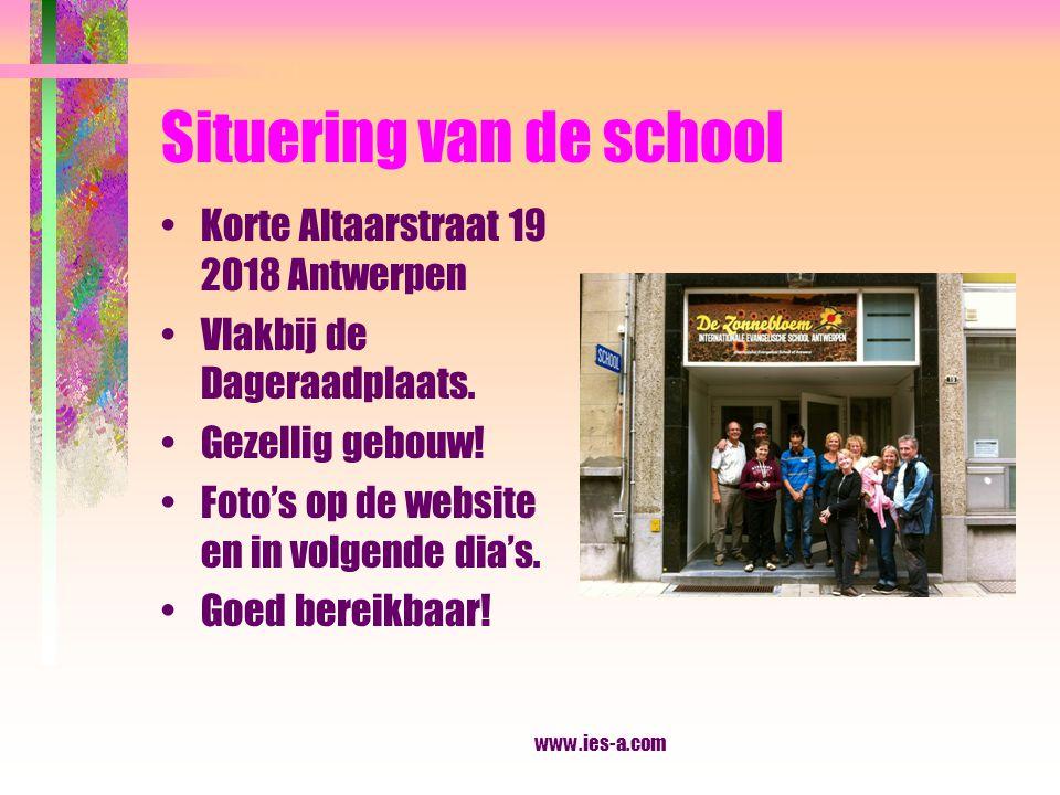 www.ies-a.com VERVOER (kiss-and ride zone in front of the school) Halte bussen/trams: Kerkstraat (op de Carnotstraat).
