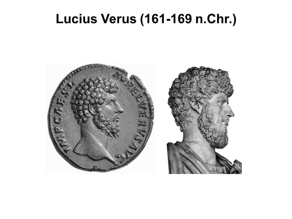 Forum van Traianus Rome Zuil van Traianus Basilica Ulpia entree forum (triomfboog)