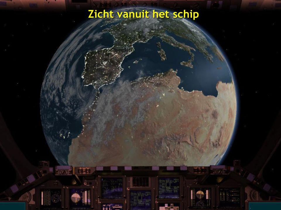 De Aarde met Volle Maan