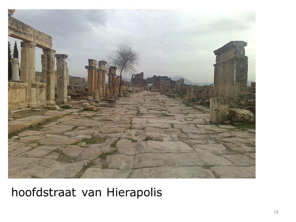 18 hoofdstraat van Hierapolis