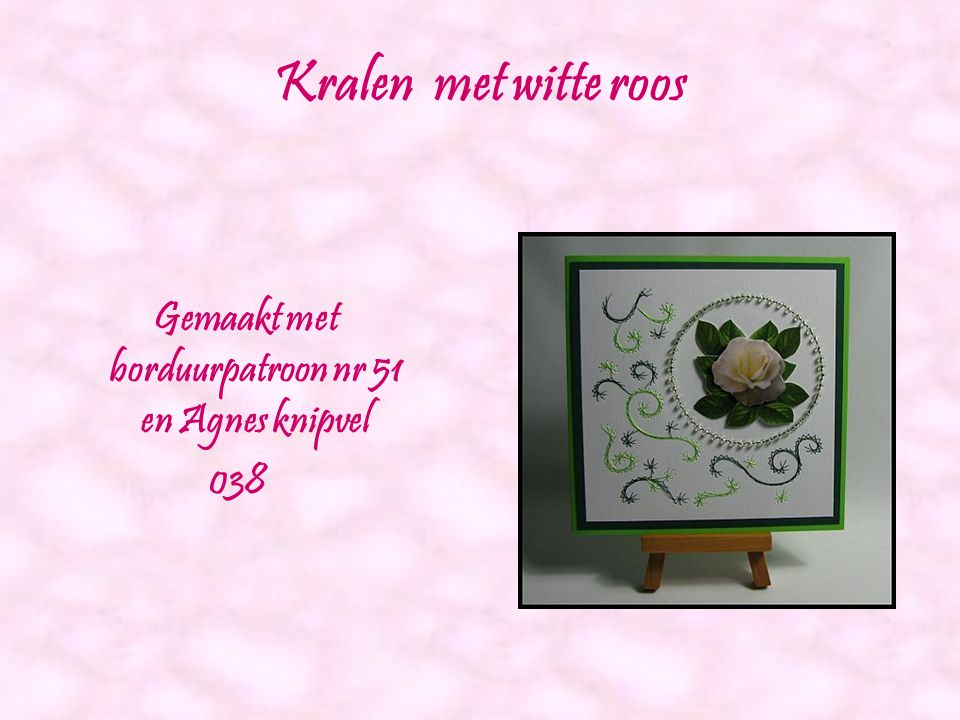 Geel bloemstuk Gemaakt met borduurpatroon nr 50 en Agnes knipvel 050