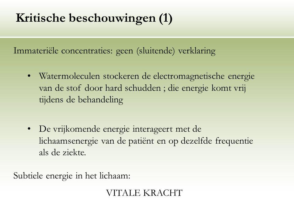 Watermoleculen stockeren de electromagnetische energie van de stof door hard schudden ; die energie komt vrij tijdens de behandeling De vrijkomende en