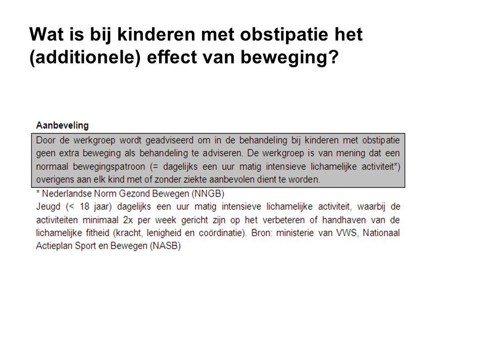 Wat is bij kinderen met obstipatie het (additionele) effect van beweging?