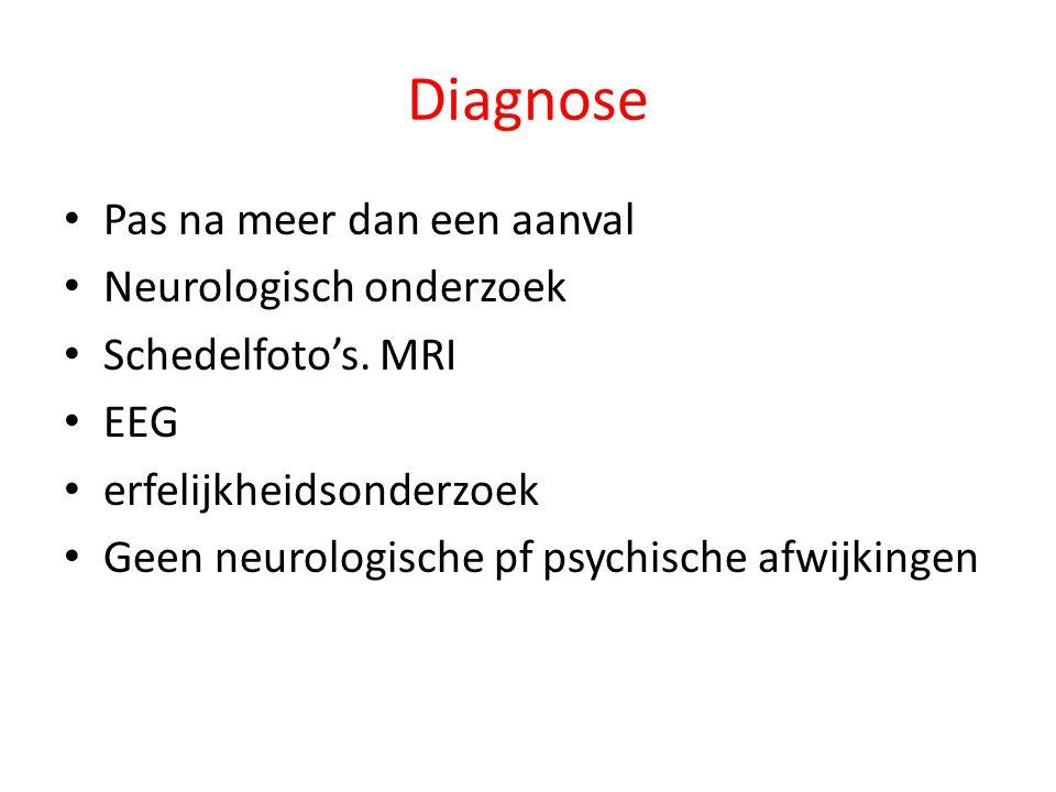 Diagnose Pas na meer dan een aanval Neurologisch onderzoek Schedelfoto's.