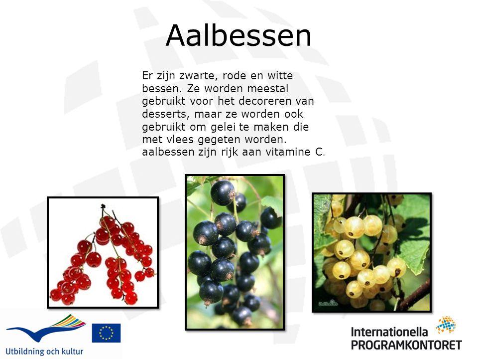Aalbessen Er zijn zwarte, rode en witte bessen. Ze worden meestal gebruikt voor het decoreren van desserts, maar ze worden ook gebruikt om gelei te ma