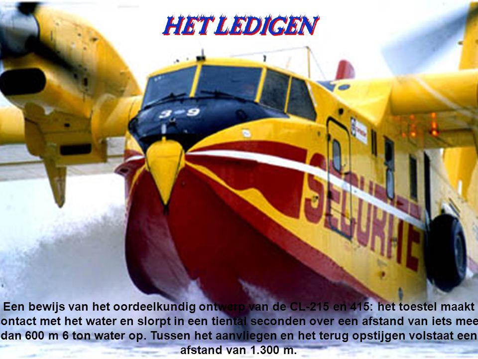 Een ketting gaat water tanken Een ketting gaat water tanken LEADER 35 Pélican 39 Pélican 44 Pélican 34 Pelican 31