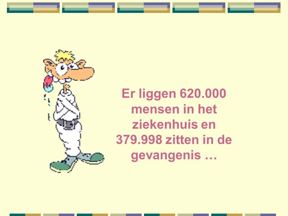 2 miljoen mensen zijn werkloos en we hebben 1 miljoen ambtenaren, dus blijft er maar 1 miljoen over om het werk te doen.