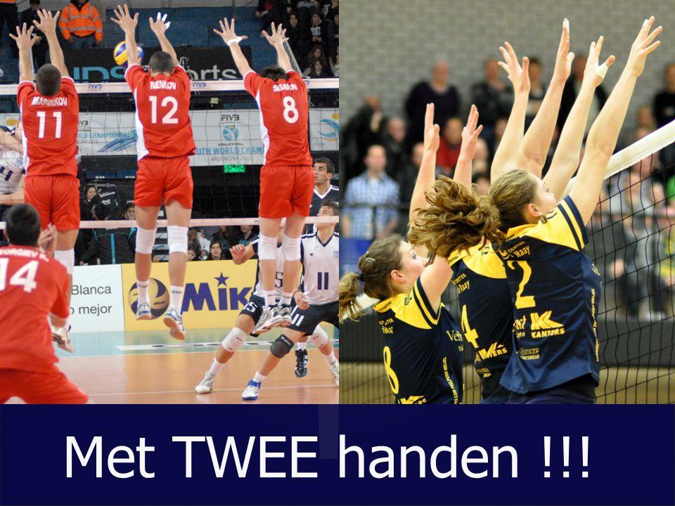 Met TWEE handen !!!