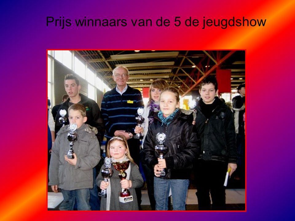Prijs winnaars van de 5 de jeugdshow