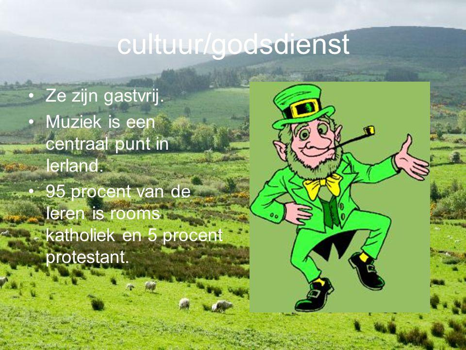 cultuur/godsdienst Ze zijn gastvrij. Muziek is een centraal punt in Ierland. 95 procent van de Ieren is rooms katholiek en 5 procent protestant.