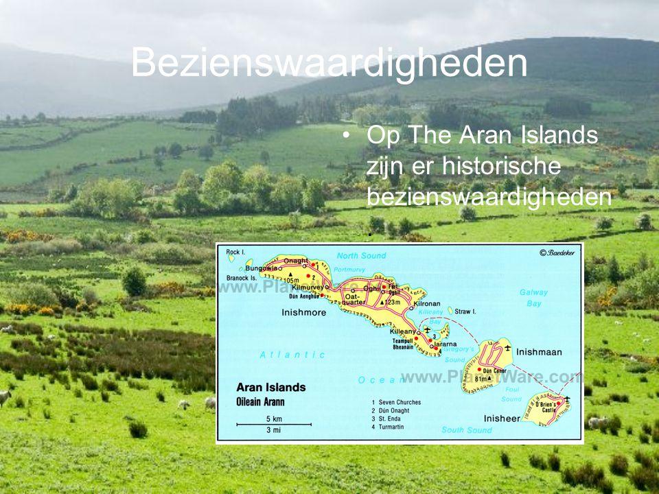Bezienswaardigheden Op The Aran Islands zijn er historische bezienswaardigheden.