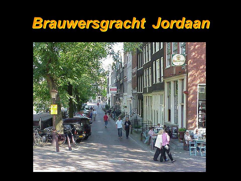 24 Ook dit is Amsterdam 30-06-1951 23-09-2004 † 30-06-1951 23-09-2004 †
