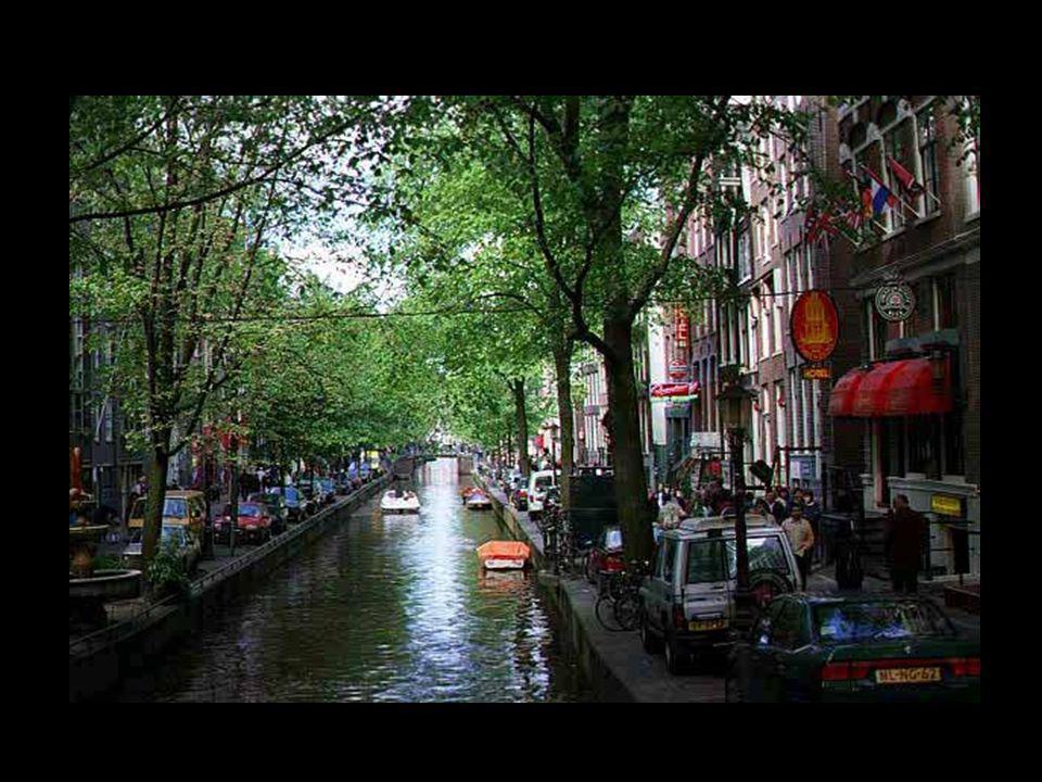 25 De Amsterdamse grachten De Amsterdamse grachten