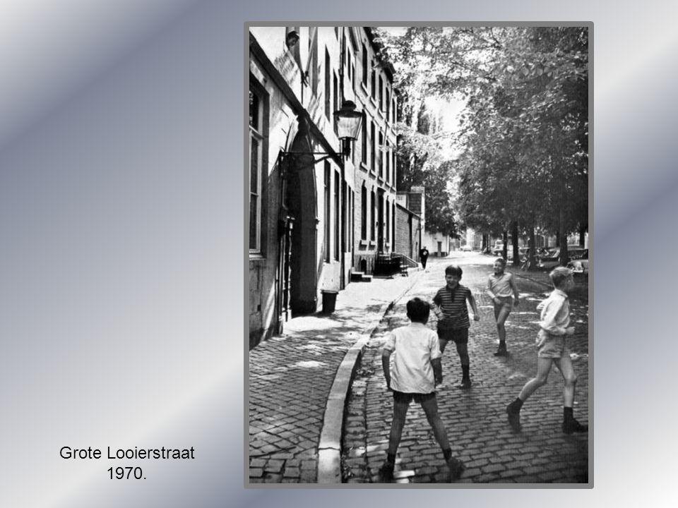 Grote Looierstraat 1970.