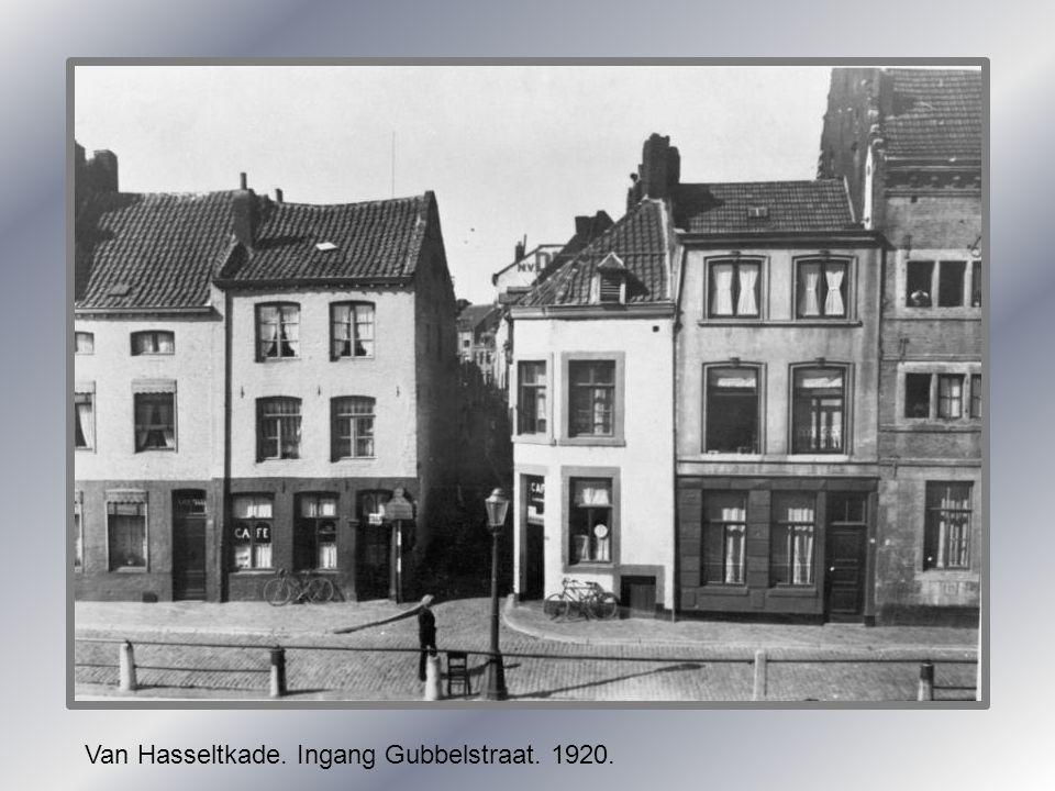 Van Hasseltkade. Ingang Gubbelstraat. 1920.