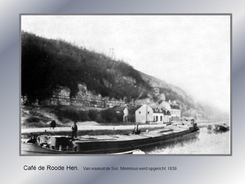 Café de Roode Hen. Van waaruit de Soc. Mommus werd opgericht. 1839.