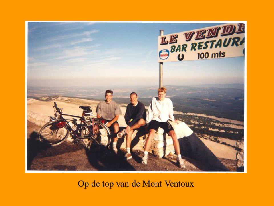 Op de top van de Mont Ventoux
