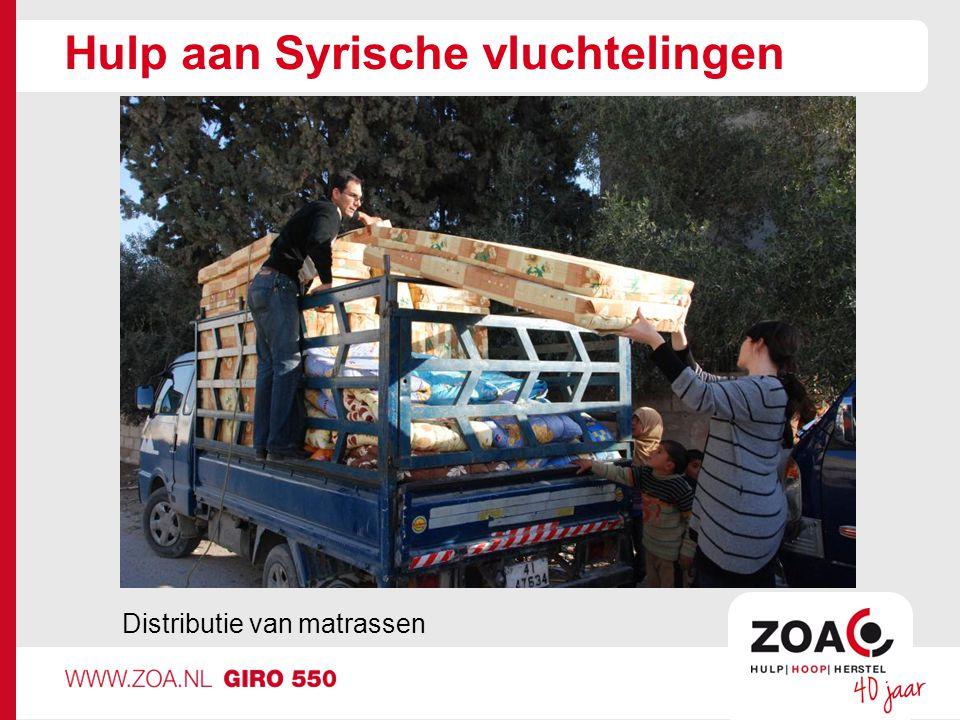 Hulp aan Syrische vluchtelingen Distributie van matrassen