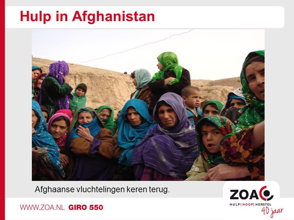 Hulp in Afghanistan Afghaanse vluchtelingen keren terug.