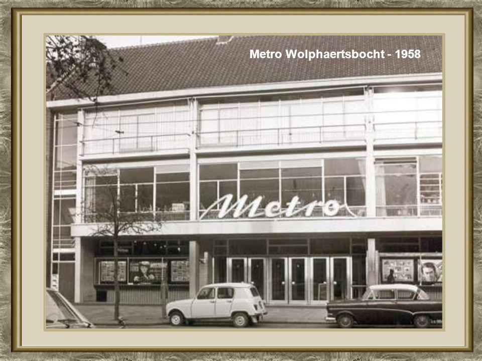 Koningshaven, 1892 de Hefbrug was er nog niet Brielselaan - 1958