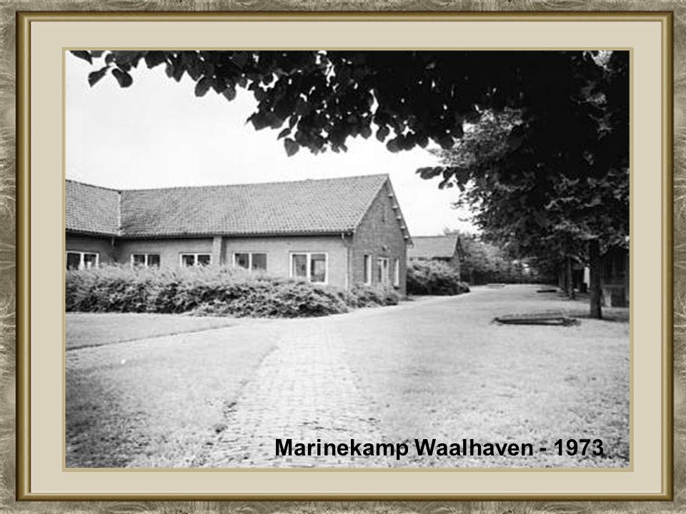 Koningshaven, 1892 de Hefbrug was er nog niet Boergoensevliet - 1964