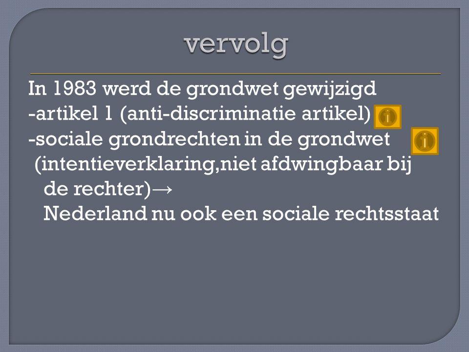 Er waren 3 grote partijen (CDA,VVD en PvdA) Daarnaast kleine rechtse en linkse partijen die steeds meer aanhang verloren → Fusies van kleine partijen -in 1989 ontstond Groen Links (PPR,PSP, EVP en CPN) -in 2000 ontstond de Christen Unie (GPV en RPF ) SGP deed op het laatst niet mee