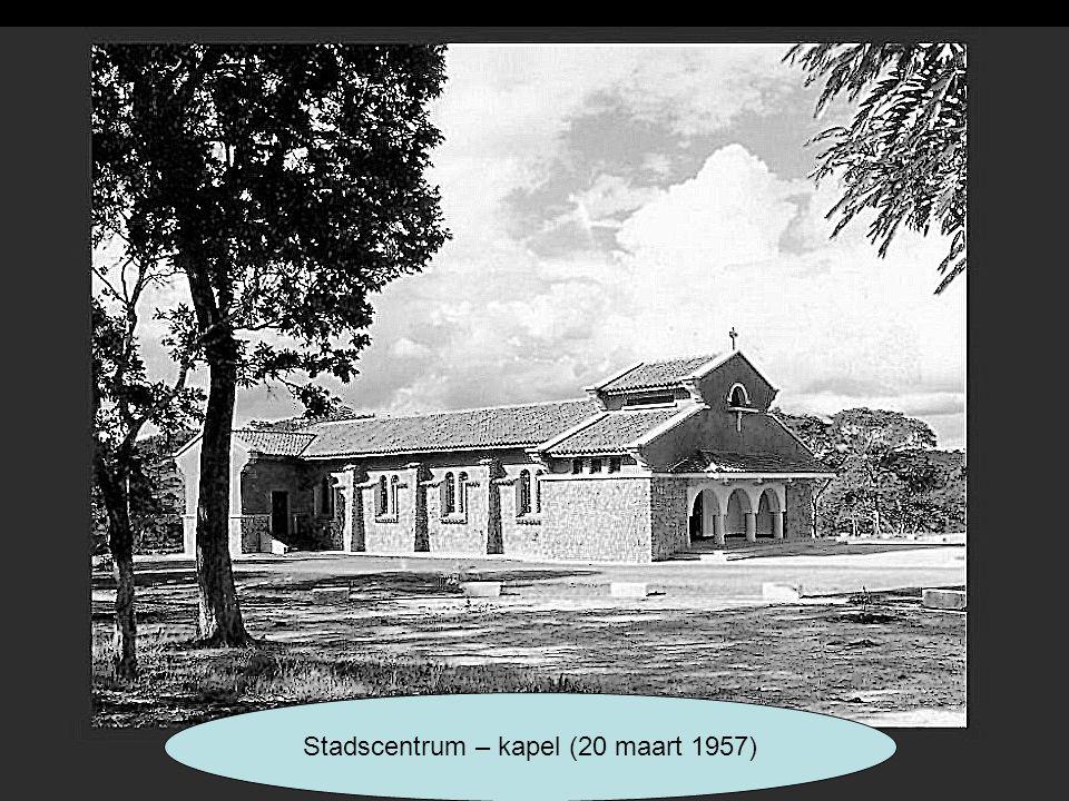 Stadscentrum – kapel (20 maart 1957)