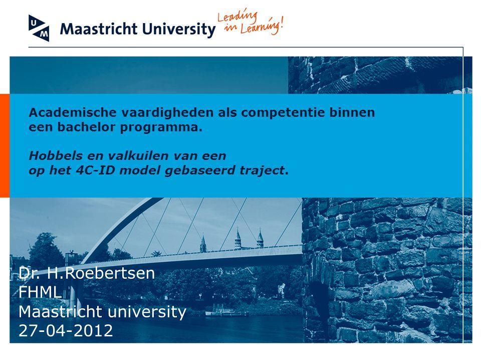 Faculty of Health, Medicine and Life Sciences Elektronische leeromgeving Invoeren van E-pass in plaats van Blackboard Formuleren van competentie niveau per jaar Pilot in april-mei- juni 2012 www.epass-maastricht.nl