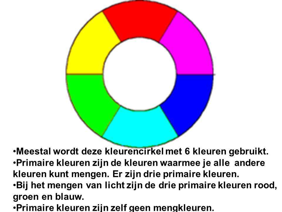 Bij het mengen van licht zijn de drie primaire kleuren rood, groen en blauw.