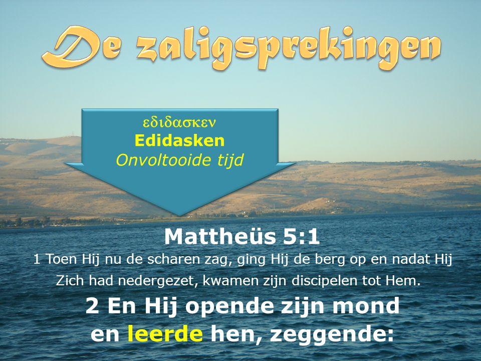 Mattheüs 5:1 1 Toen Hij nu de scharen zag, ging Hij de berg op en nadat Hij Zich had nedergezet, kwamen zijn discipelen tot Hem.