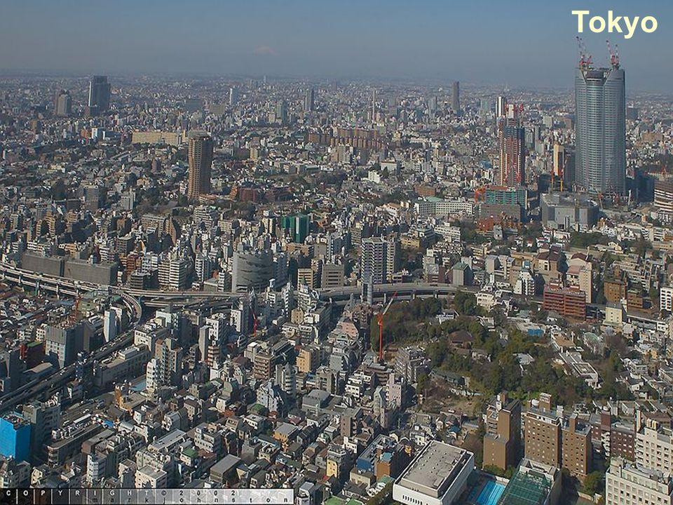 §15 Japan, een oude tijger Natuurlijke factor: de invloed van de natuur Menselijke factor: de invloed van de mens (onder te verdelen in vier groepen: economie, cultuur, demografie en politiek) Economische factor: de manier waarop mensen geld verdienen