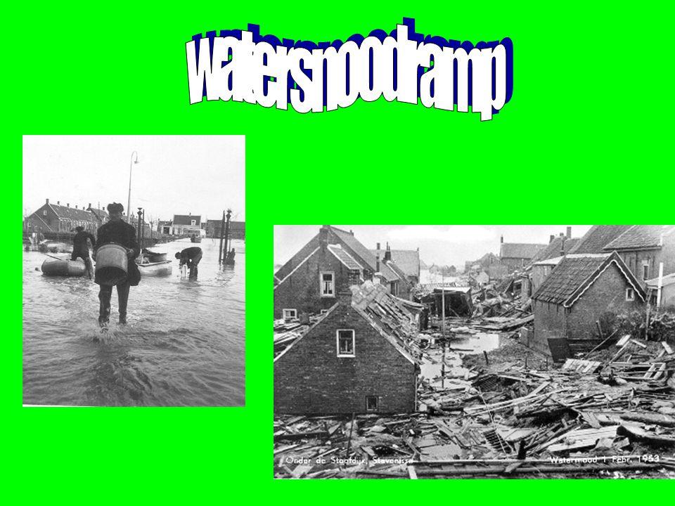 Voorwoord Ik heb mijn onderwerp gekozen omdat mijn opa's en oma's de watersnoodramp hebben mee gemaakt.