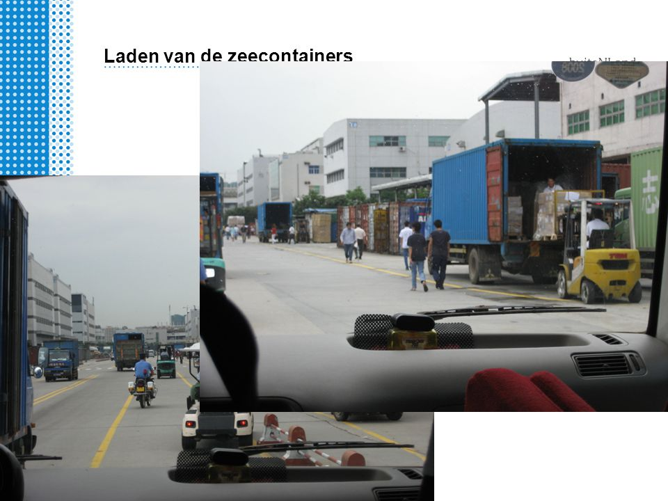 Laden van de zeecontainers