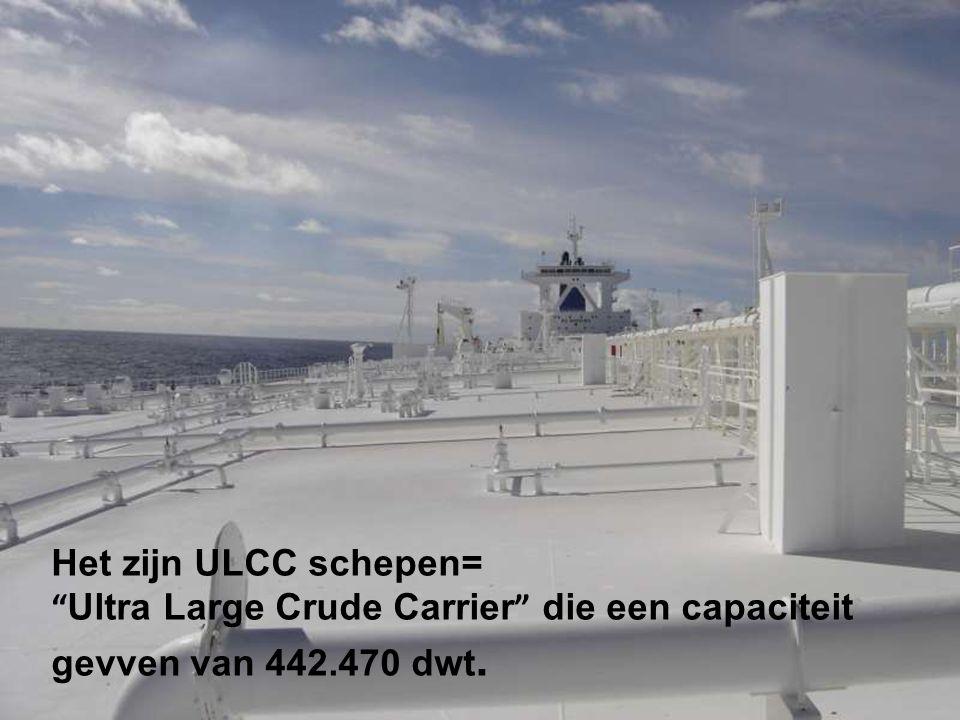 Die bezit 4 identieke tankers, waaronder de Ti Asia en de Ti Africa.
