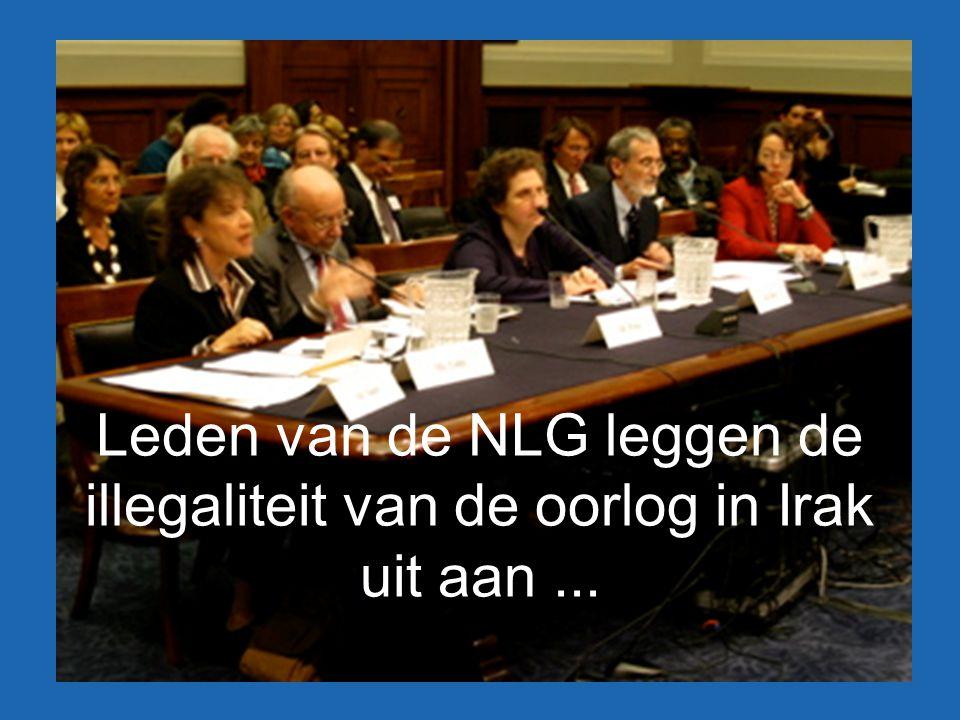 Leden van de NLG leggen de illegaliteit van de oorlog in Irak uit aan...