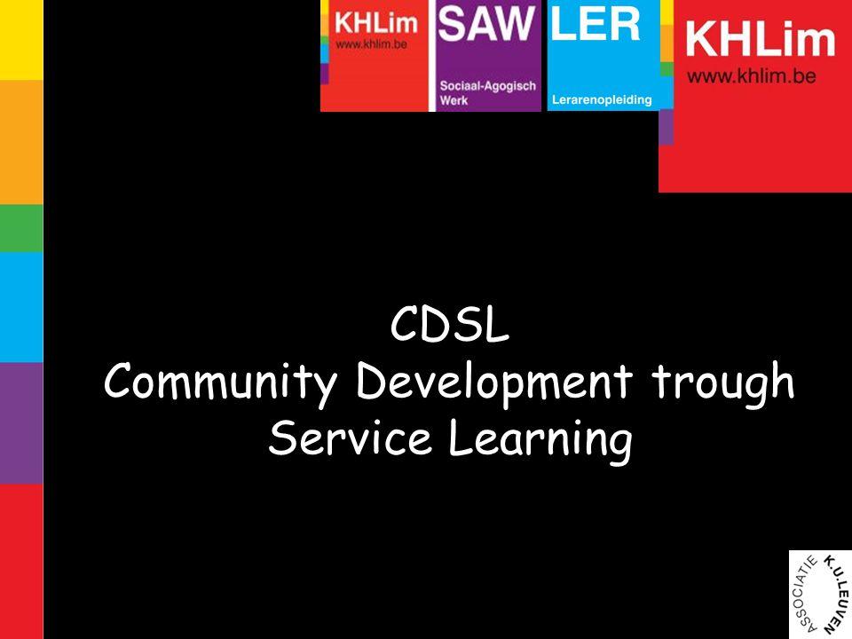 Community development RESPECT: binnen elke gemeenschap zijn ervaring en kennis aanwezig EMPOWERMENT: mensen in/en hun omgeving appelleren op mogelijkheden waarover ze zelf beschikken om hun eigen leven in handen te nemen.
