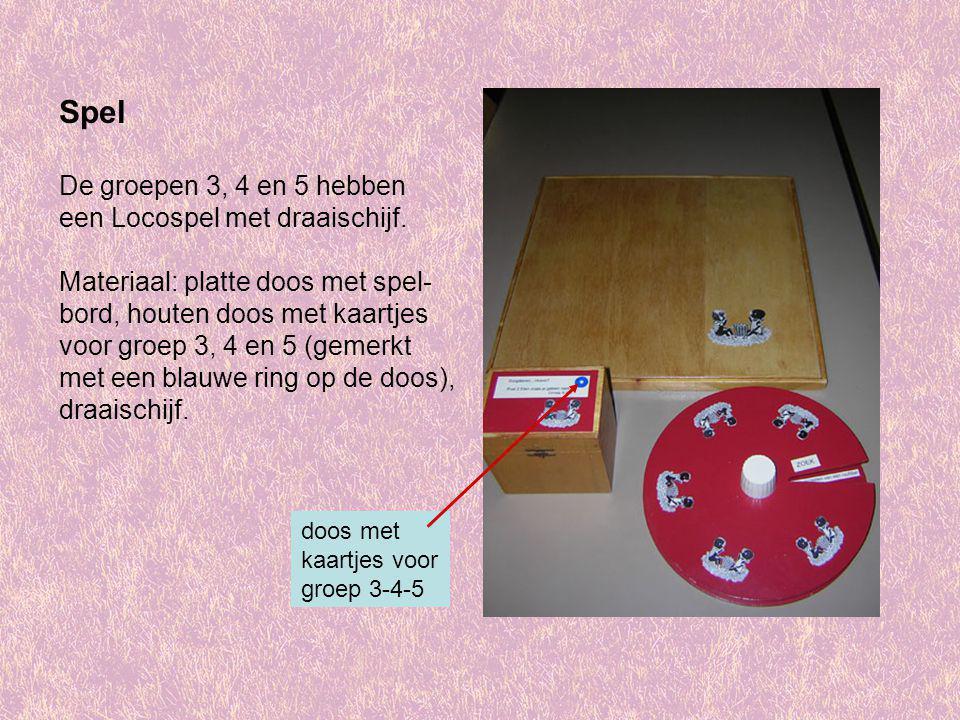 Spel De groepen 3, 4 en 5 hebben een Locospel met draaischijf. Materiaal: platte doos met spel- bord, houten doos met kaartjes voor groep 3, 4 en 5 (g