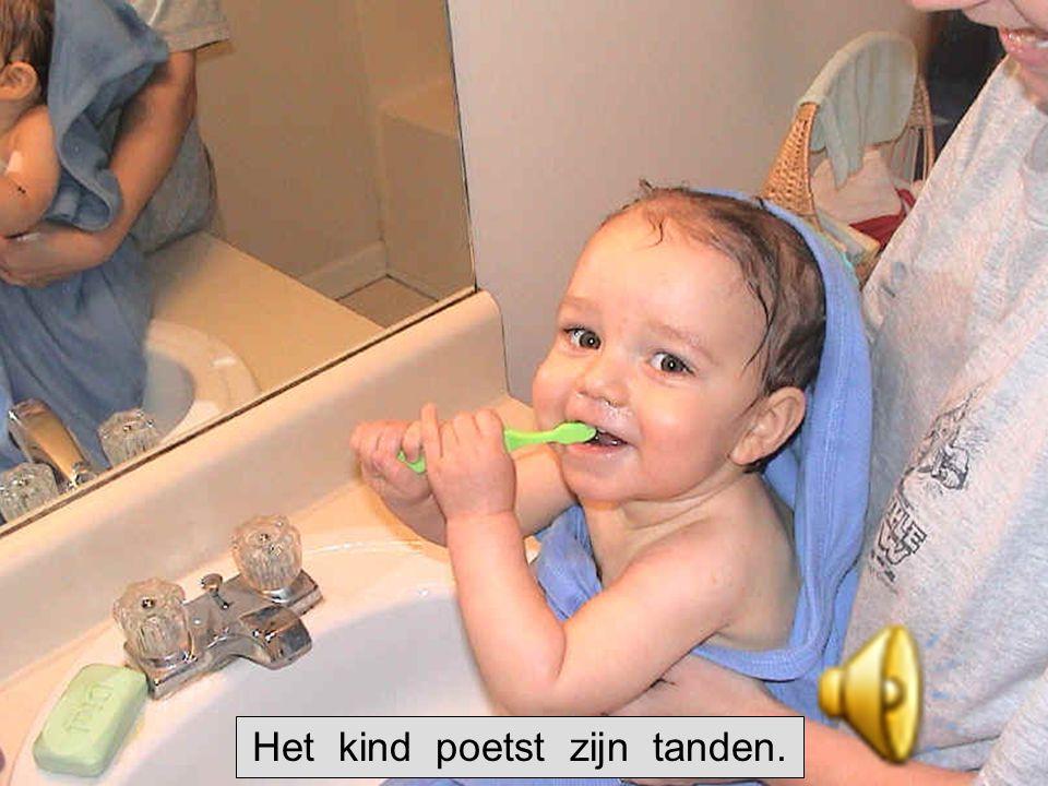 De tandpasta De tandenborstel Poets elke dag je tanden!