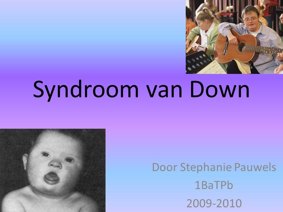 Inleiding Synoniemen: mongolisme & trisomie 21 Genetische oorzaak 1 kind op 650 ( in België ) Moeder: vanaf 35j: grotere kans ( 1 op 350 ) Moeder: 40 j: 1 op 100 Moeder: 45j: 1 op 25