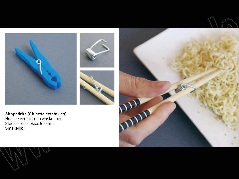 Shopsticks (Chinese eetstokjes). Haal de veer uit een wasknijper. Steek er de stokjes tussen. Smakelijk !