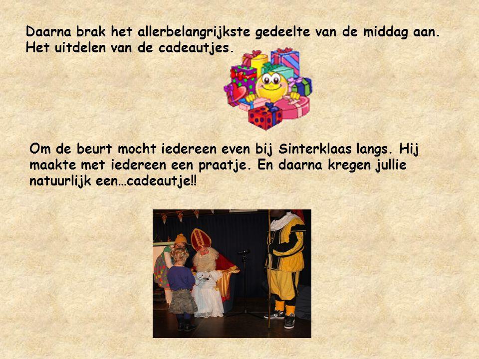 Maar Sinterklaas genoot toch wel heel erg toen hij een aantal optredens te zien kreeg van wel heel grote talenten.