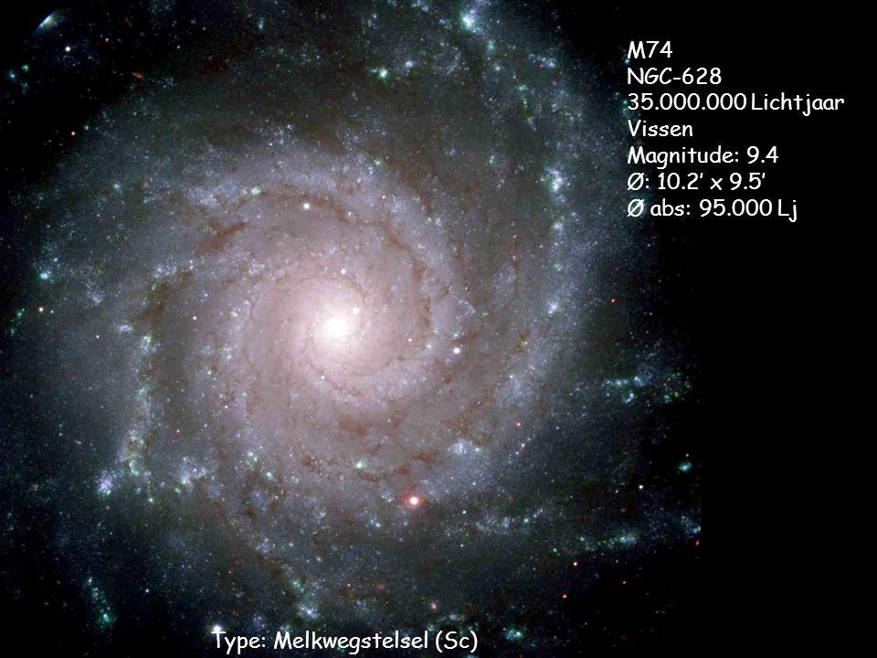 Type: Melkwegstelsel (Sc) M74 NGC-628 35.000.000 Lichtjaar Vissen Magnitude: 9.4 Ø: 10.2' x 9.5' Ø abs: 95.000 Lj