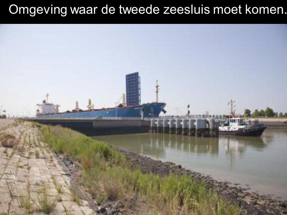Het oude sas zal worden aangepast om tegen 2014 een tweede zeesluis te bouwen.