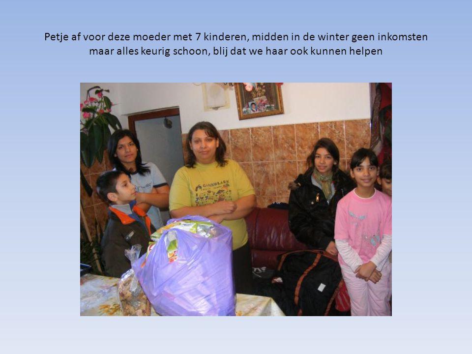 Petje af voor deze moeder met 7 kinderen, midden in de winter geen inkomsten maar alles keurig schoon, blij dat we haar ook kunnen helpen
